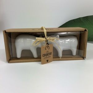 The Country Collection Ceramic Pig Salt And Pepper